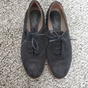 Earthies Oxford shoes